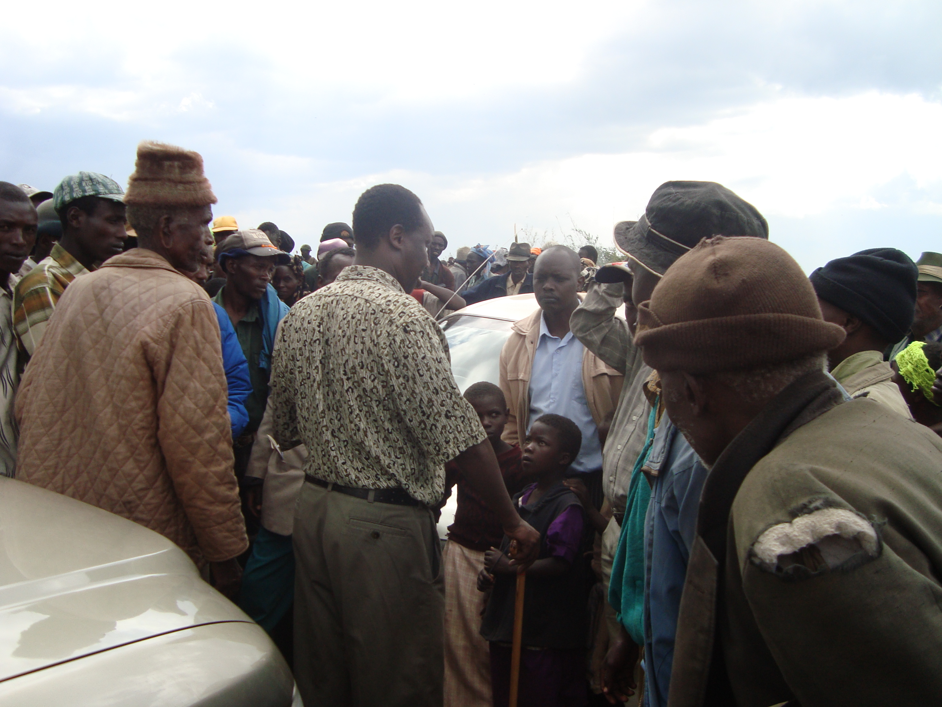 Former Commissioner Samuel Tororei addressing Mau forest evictees immediately after evicted from the forest in 2009
